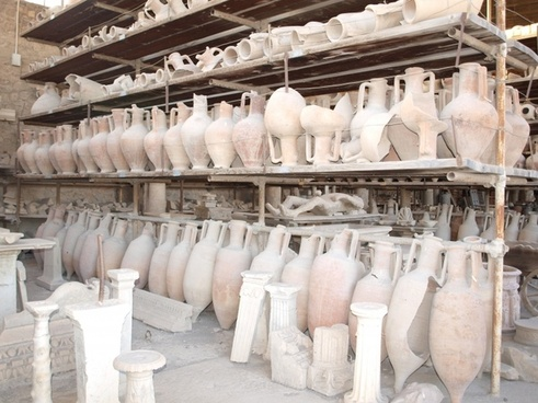 pompeii vessels italy ruins
