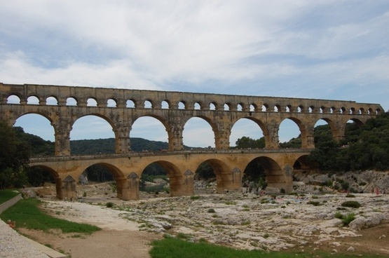 pont du gard romans antique