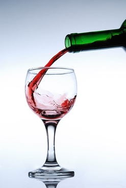 pour the red wine picture