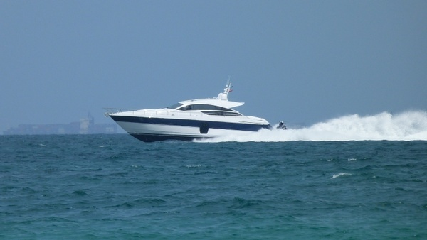 powerboat speed fast