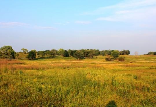 prairie landscape at chain o lakes state park illinois