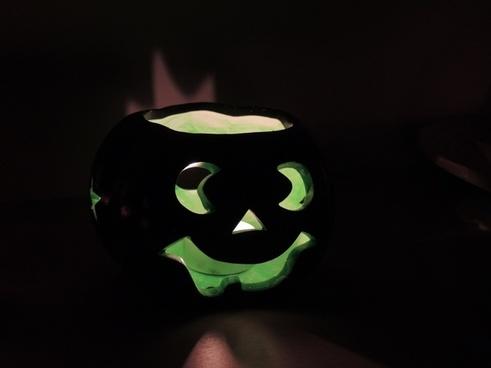 pumpkin green dark