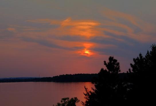 purple skies at lake kegonsa state park wisconsin