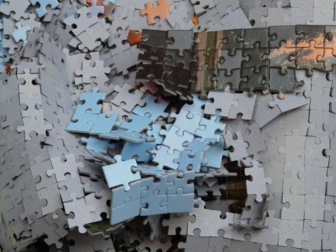 puzzle unfinished mess