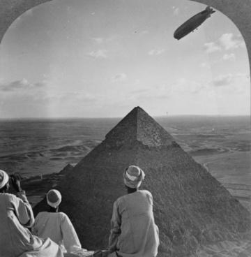 pyramids gizeh graf zeppelin