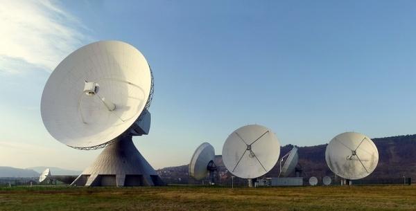 radar dish radar earth station