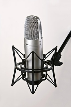 recording with the microphone picture