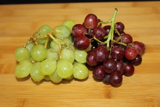 red and green grapes fruit