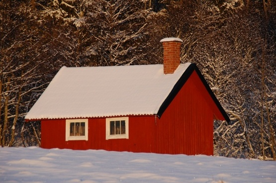 red cottage cottage winter