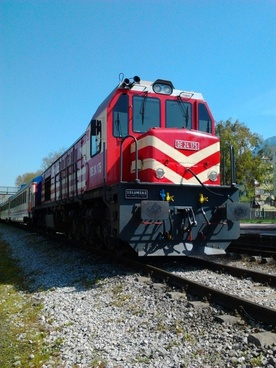 red train railway