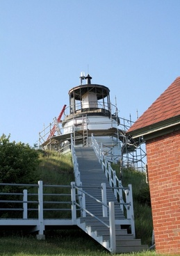 repairing light house