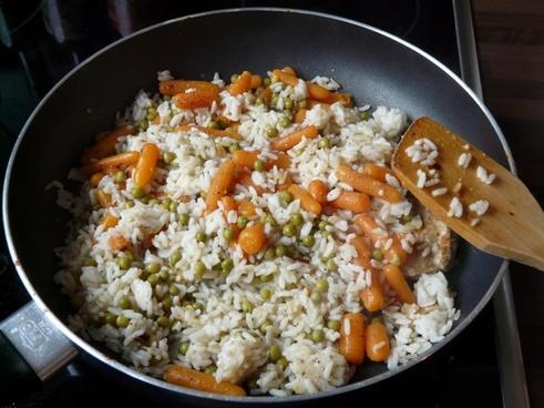 rice ladle rice pan