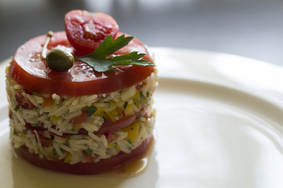 rice tower with tomatoes