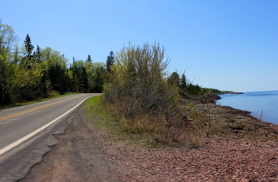 road by the lake in the upper peninsula michigan