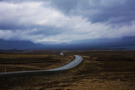 road iceland horizon