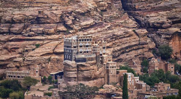 rock palace yemen