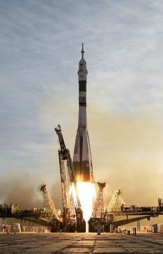 rocket soyuz rocket start