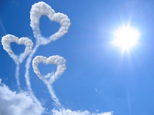 romantic heartshaped white clouds highdefinition picture 05