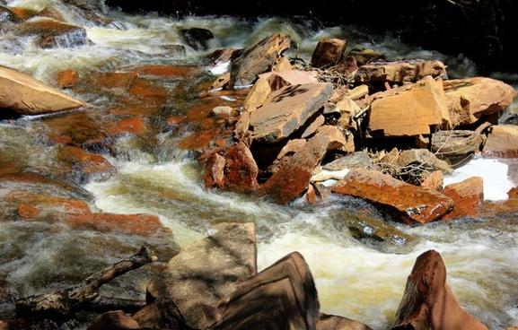 rushing waters of joe creek at sleeping giant provincial park ontario canada