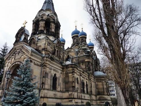 russian orthodox church in dresden brick construction with sandsteinverkleidung