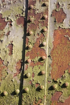 rust amp rivets
