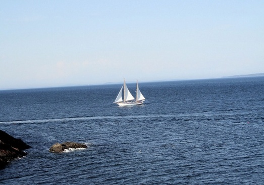 sail boat with passengers