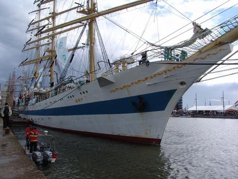 sail bremerhaven ships