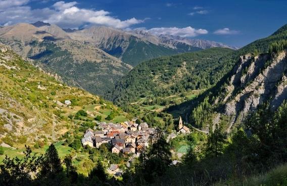 saint dalmas france village