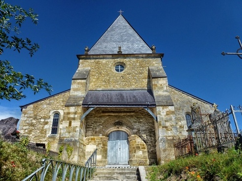 saint-loup-terrier france church