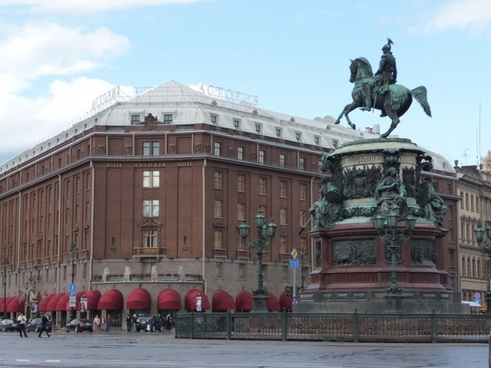 saint-petersburg famous sightseeing astoria hotel