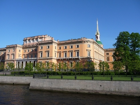 saint-petersburg famous sightseeing mikhailovsky palace