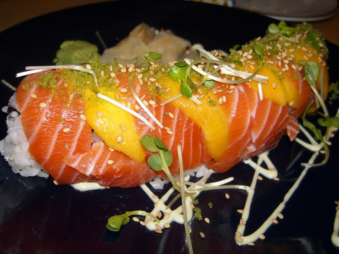 salmon and mango