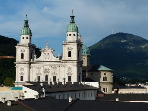 salzburg cathedral facade barockklassizirend