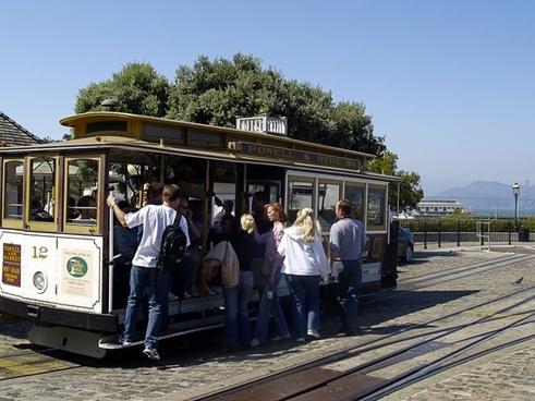san francisco cable car crowd