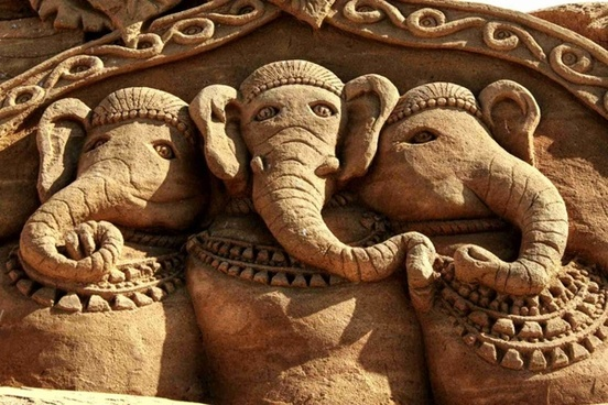 sand sculpture elephant sculpture