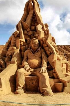 sand sculpture sand sculpture