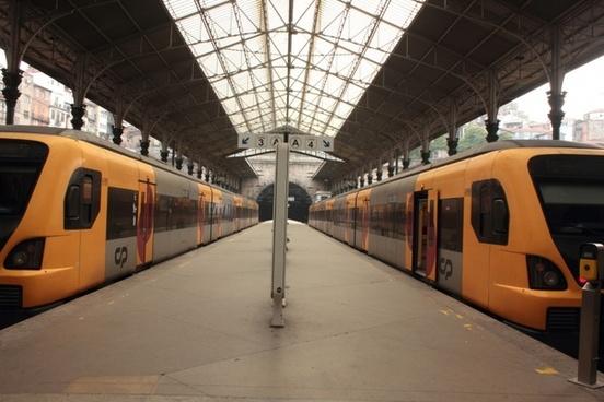 sao bento portugal train