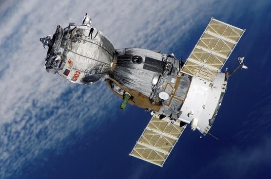 satellite soyuz spaceship