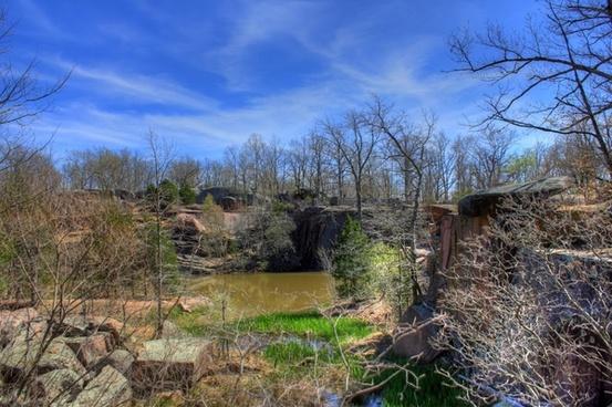 scenic landscape at elephant rocks state park