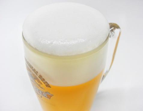 schooner beer drink