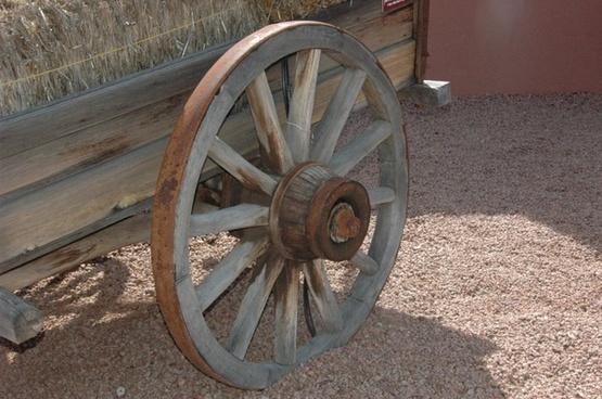 sedona arizona old wagon wheel