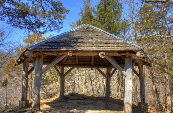 shelter at the top at maquoketa caves state park iowa