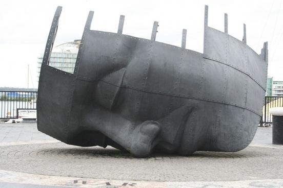 ship wreck war