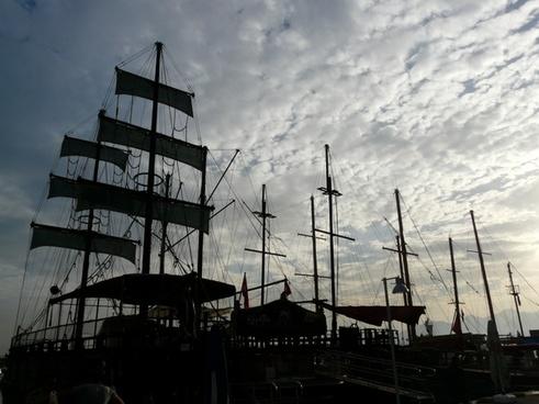 ships sailing ships boats