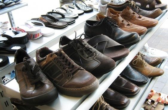 shoes shelf display