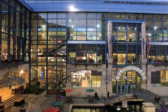 shopping mall floors in san antonio texas