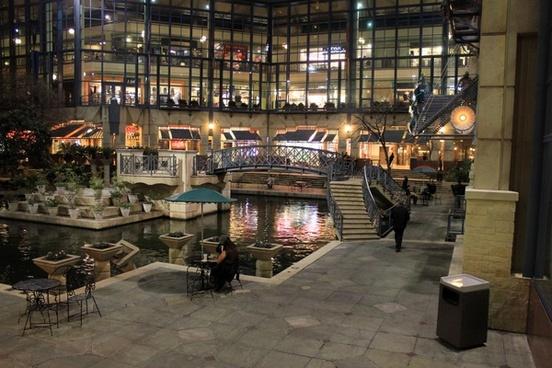 shopping mall plaza at night in san antonio texas