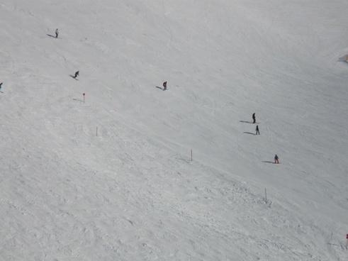 ski run skiers winter