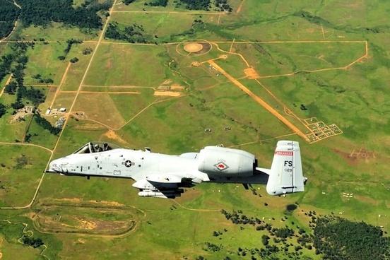 sky a-10a thunderbolt jet