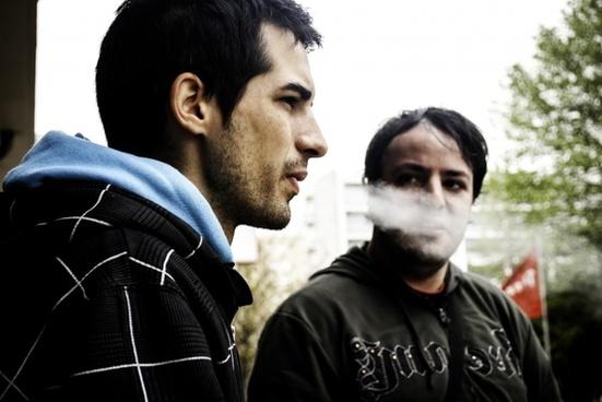 smoke look people